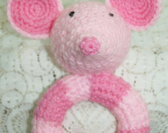 Baby rattle. Mouse ring rattle. Handmade crochet.