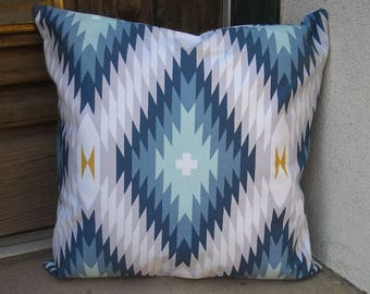Southwestern Pillow Cover. 16 x 16 to 24 x 24. heavyweight cotton fabric. Traditional blanket design
