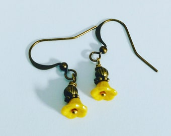 Buttercup Earrings, Yellow Flower Dangle Earrings, Yellow Bellflower Earrings, Pressed Glass Flowers, Antique Bronze Matches Hobnail Jewelry