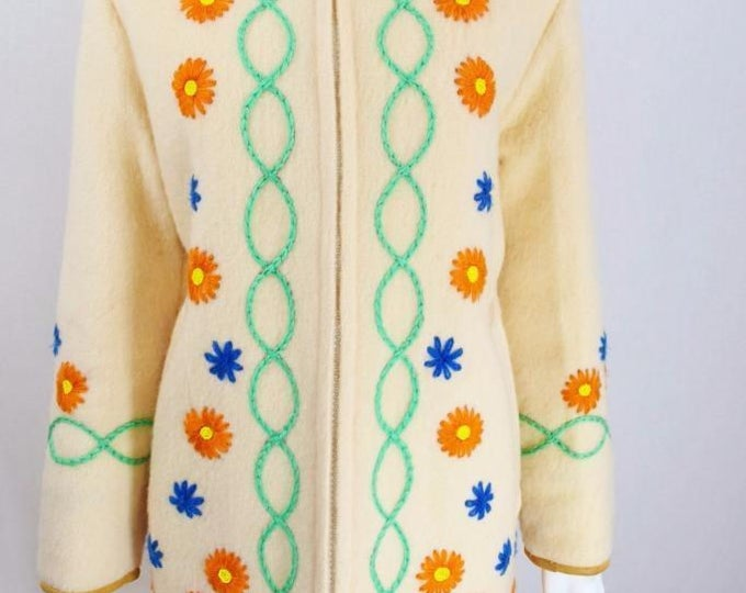 Rare Vintage 1970's EmBrOiDeReD Beaded Shearling Hood Fur Trim Wool Blanket HBC HiPPiE BoHo Inuit Parka Coat L XL
