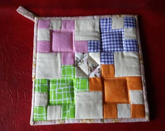 Supper Time quilted pot holder
