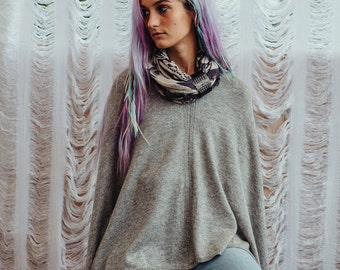Pashmina Wool Poncho For Women In Light Grey, Pashmina Poncho, Women Poncho, Boho Poncho, Asymmetrical Poncho, HSC00115