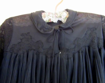 Black Peignoir Robe Negligee by Rogers Crimped Pleated Nylon Size 34 Small Vintage Mid Century