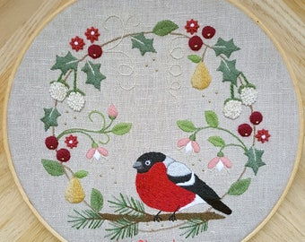 Christmas Wreath Crewel Embroidery Pattern