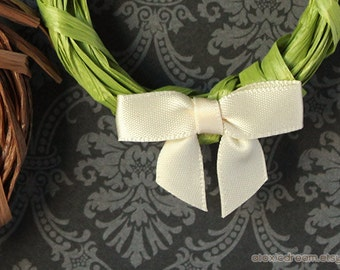 48 MINI IVORY Pre-made Bows - Ready for crafting