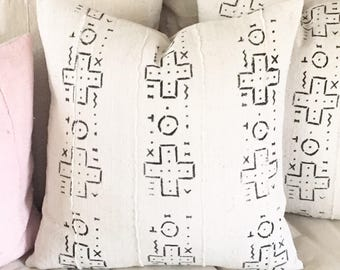 African Tribal Mudcloth Pillow Cover   White with Black Cross Design   Boho / Farmhouse / Modern