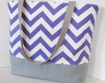 Set of 8 Chevron Totes . Chevron beach bag . Purple White gray - Design Your Own . great sorority bridesmaid gifts . Monogramming Available