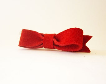 Red hair bow barrette, Suede leather hair bow, Red suede leather hairbow, Red bow hair clip, Hair bun red bow clip, Hair Bow Fascinator