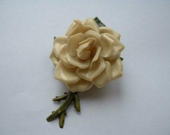 Vintage 3D plastic rose brooch