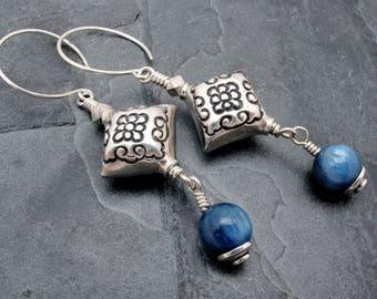 blue kyanite earrings, fresh water pearl, sterling silver, briolette earrings, blue gemstone earrings, sterling silver, kyanite jewelry