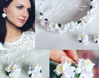 flower earrings, white earrings, white headband, gift for her, white bride jewellery, bride tiara, flower jewellery, white flower, custom