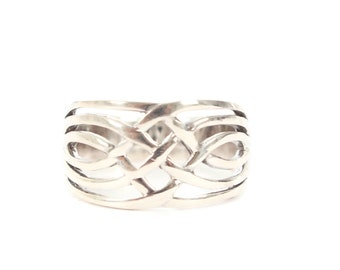 Sterling Silver interlocking Silver Ring
