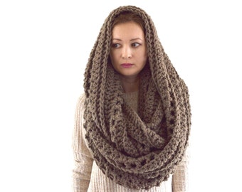 Oversized Knit Crochet Chunky Men Woman Infinity Scarf Hood | The Prague