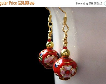 MOTHERS DAY SALE Beaded Flower Earrings, Red Cloisonne. Handmade Jewelry by Gilliauna