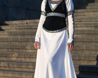 """14% DISCOUNT! Medieval Vest """"Chess Queen""""; suede vest; medieval vest; ren vest; black vest; medieval waistcoat; ren waistcoat"""