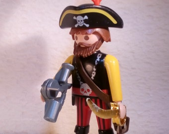 PLAYMOBIL/PIRATES / Captain sextant with sword - 1990 - without box and instructions.