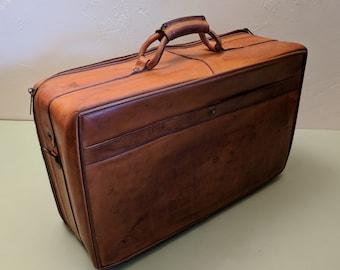 Hartmann Luggage 21 inch Belting Leather Suitcase