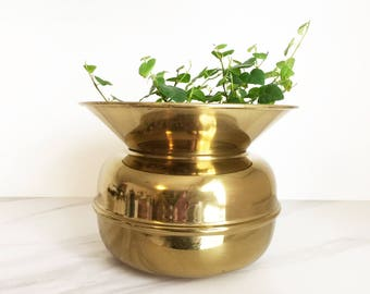 Vintage lacquered brass pot // brass planter pot // gold metal home decor // vintage brass spittoon bowl