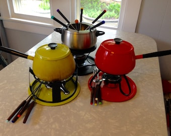 Vintage 1970s 3 Fondue Pot Set with Forks / Red Orange / Chartreuse Green / Stainless Steel