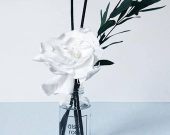 Flower reed diffuser - White preserved gardenia - Reed diffuser