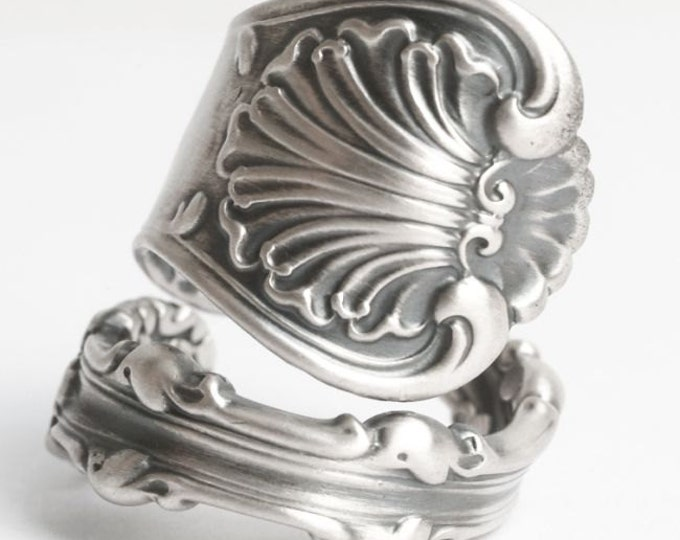 Victorian Silver Spoon Ring, Sterling Silver Spoon Ring, Antique Whiting Silver Shell Ring, Handcrafted Jewelry, Adjustable Ring Size (5812)