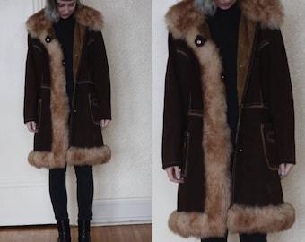 1970s suede coat // women's long suede coat // fur trim