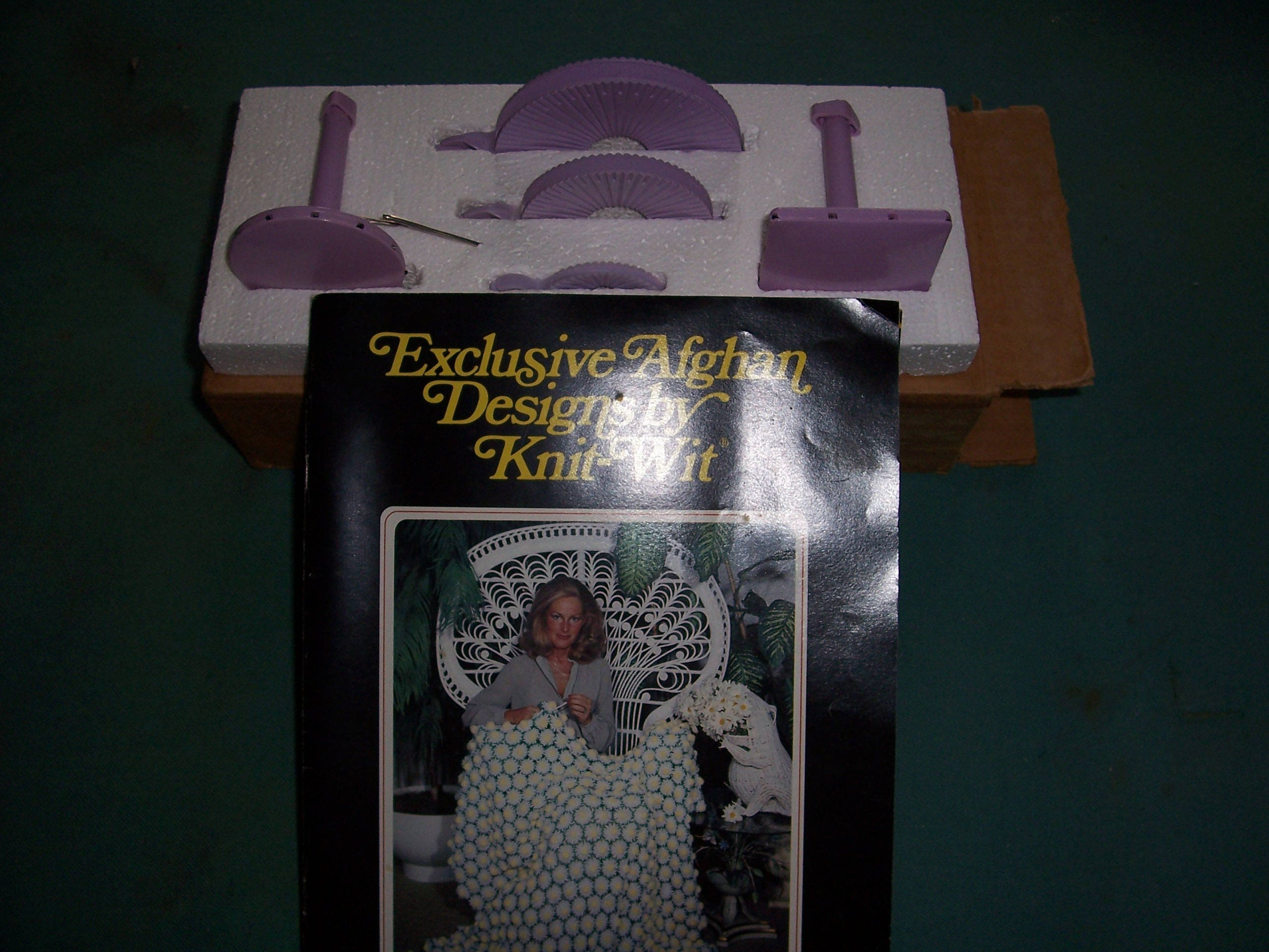 Vintage Knit Wit Knitting Tools Afghan Crochet Patterns Daisy Looms ...