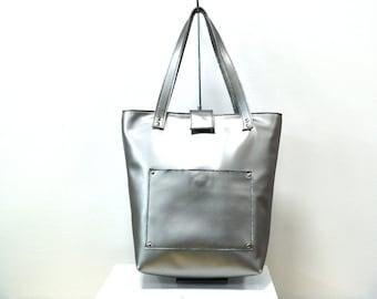Silver leather bag , large leather bag , large totes , large leather totes , silver totes , modern leather bag , modern leather shoulder bag