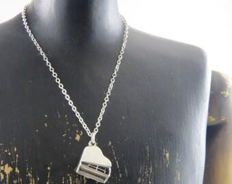 Grand piano necklace, piano necklace, sterling silver piano necklace, musician gift, pianoforte, musician gift, fortepiano