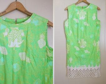 60s Beach Print Dress Vintage Crochet Hem Shift Mod Large