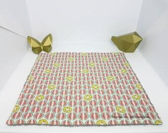 Serviette de table, serviette de cantine doublée. Serviette enfant en éponge et coton fantaisie, zéro déchet. Pastèque kiwi