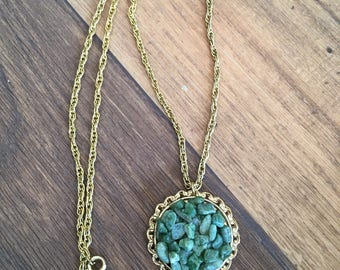 Vintage gold tone green pendant layering necklace