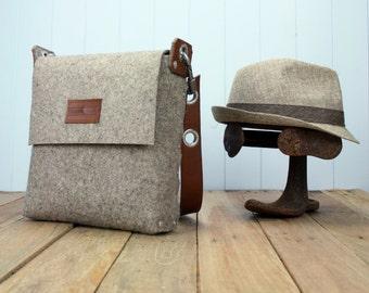 Mens Messenger Bag, Mens satchel bag / Messenger bag for men / Mens bag / Felted bag / Mens Felt Satchel / Felt Bag / Mens Felt bag / Manbag