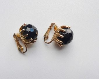 Vintage Black Faceted Bead Earrings | clip on