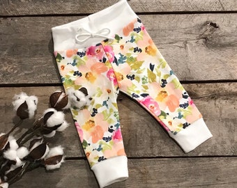 Baby/toddler leggings, baby pants, organic baby clothes, girl leggings, baby shower gift, take home outfit, floral pattern leggings