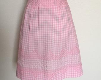 Vintage 50's/60's handmade pink apron