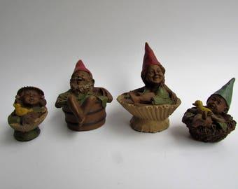 Vintage Tom Clark Gnome Family Darcy #1167 Bubbles #1062 Buzzy #68 #Ernie #1149 Pecan Resin COA Included Bathing Gnomes Sea Shells Tub Acorn