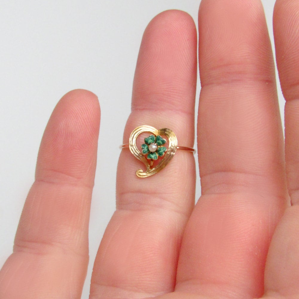 green enamel ring, clover ring, 14k gold Victorian ring, gold heart ...