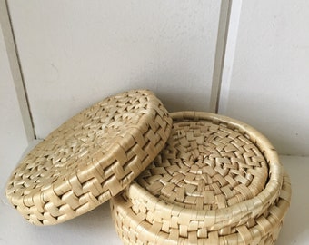 Set of 5 woven rattan coaster set