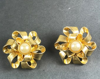Vintage Gold and Pearl Clip Earrings