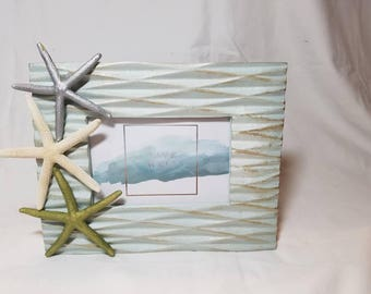Waves and Starfish Frame, Coastal Picture Frame, Starfish Picture Frame, Nautical Frame, Seashell Frame, Coastal Decor, 4 x 7 Picture Frame
