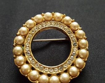 Pearl & Crystal Circle Brooch