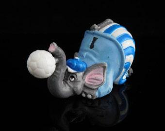 Vintage Toys, Collectible, Soccer elephant, Animal Football, Dribbel Boys 1990, Paraden Pauli, Vintage KINDER Surprise Figurine
