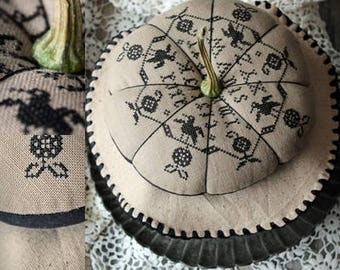 Black Pumpkin / Primitive cross stitch pattern / PDF