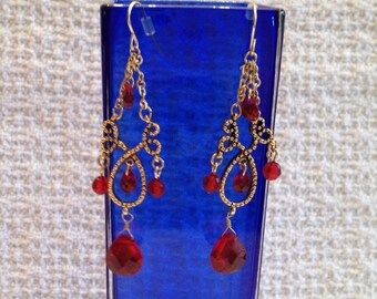 Gold Tone Red Faceted Dangle Drop Earrings, Cranberry Dangle Drop Earrings