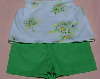Flower Child Daisy Tank Top with Lime Green Shorts, Size 3