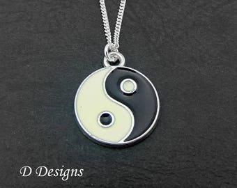 Yin and Yang Necklace, Yin and Yang Pendant, Yin and Yang Charm Necklace, Silver Charm Necklace, Silver Necklace, Trendy Necklace