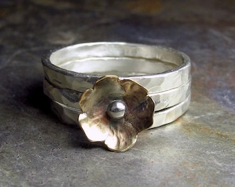 Stacking rings with brass flower - Petite Bloom