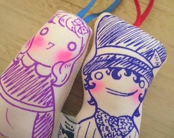 Alice in Wonderland dolls: Alice & Hatter