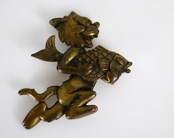 JJ Articulated Cat Brooch Jonette Jewelry brass tone